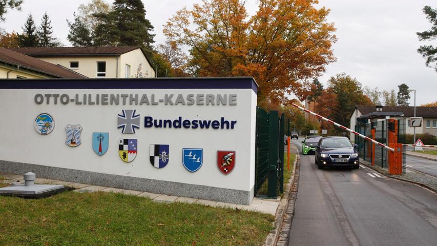 Die Otto-Lilenthal-Kaserne in Roth hatte bisher rund 2.800 Dienstposten und gehörte damit zu den größten Bundeswehrstandorten in Bayern. Nach der Bundeswehrreform bleiben nur noch 540 davon erhalten. Die Wurzeln der Kaserne...