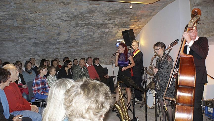 Beim Neumarkter Jazzweekend kamen die Fans dieser Musikrichtung voll auf ihre Kosten. Der Gewölbekeller war stets gut besucht.