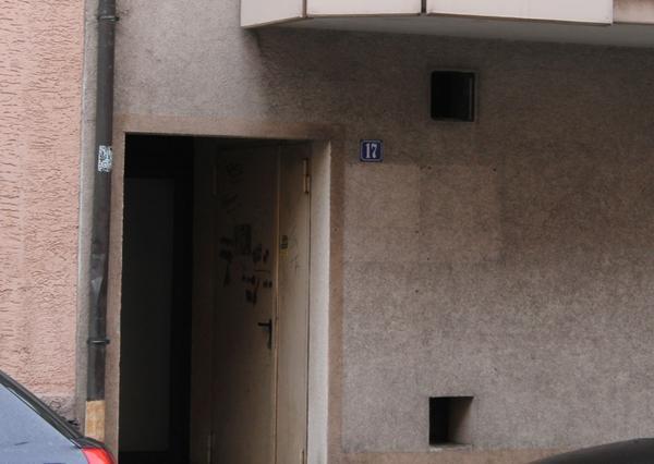 Der Hauptverdächtige wurde zur Tatzeit im Treppenhaus beobachtet. War er der