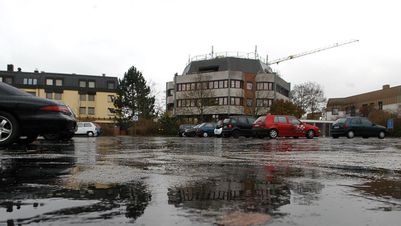 Auch auf dem Dach des Oberasbacher Rathauses sind Antennen stationiert.