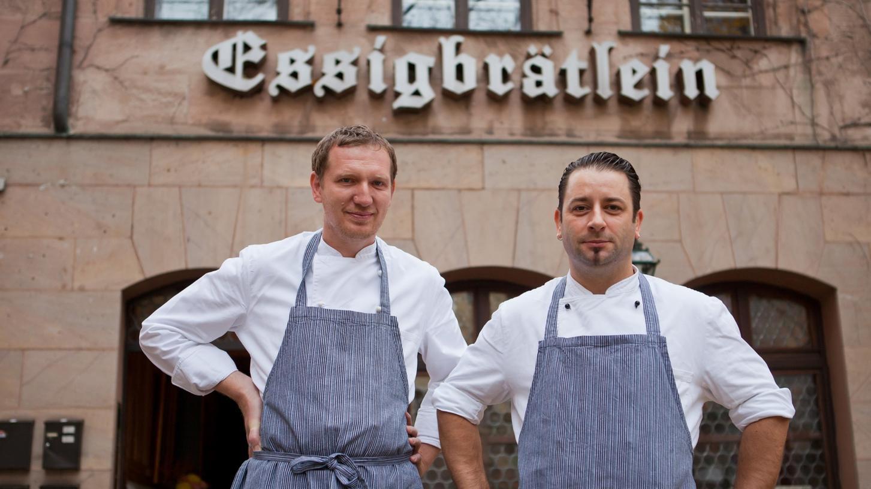 """Yves Ollech (re.) und Andree Köthe vom """"Essigbrätlein"""" am Weinmarkt."""