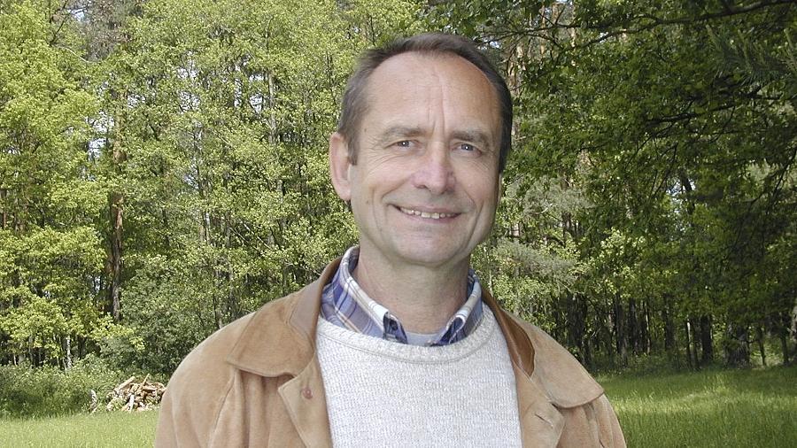 Der Poxdorfer Autor Johannes Heiner liebt die Natur. Das merkt man auch seinen lyrischen Texten an.