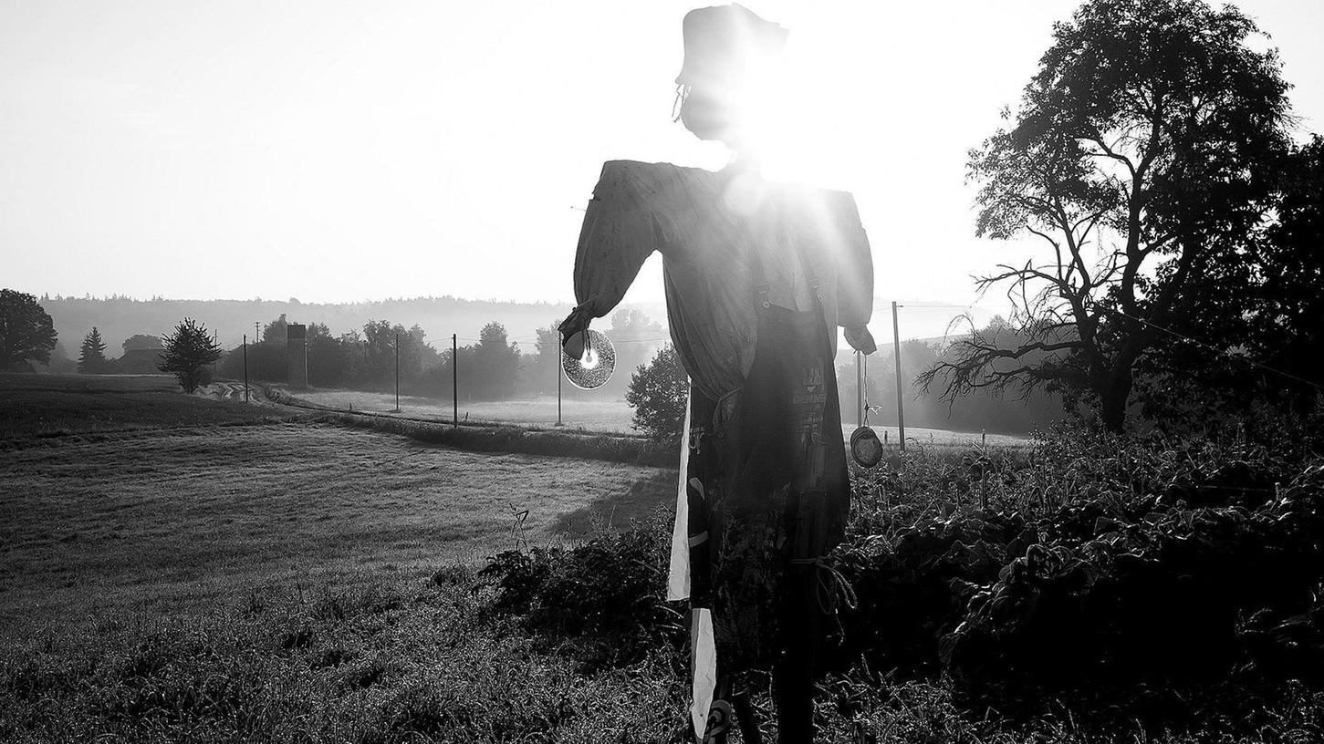 """In den """"Fränkischen Ansichten"""" hat sich Cella Seven für Schwarz-Weiß-Fotografie entschieden. """"Farbe ist geschwätzig"""", meint der Wahl-Elsendorfer."""