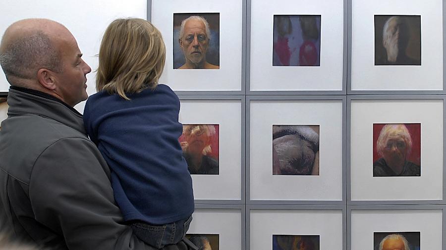 Zwischen Illusionsräumen und atmosphärischem Reiz: Blick in die Winterausstellung des Kunstvereins.