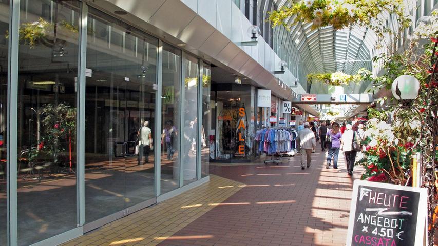 2011 sieht alles nach einem Neuanfang aus, der Zeitplan fürs City-Center steht: Letzter Verkaufstag ist der 14. Januar 2012.