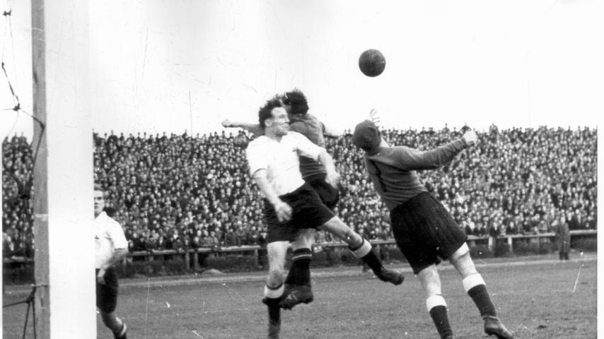 Die Oberliga-Saison 1949/50 gehörte dem Kleeblatt, das am 12. März 1950 mit einem 2:1-Sieg in Nürnberg einen großen Schritt auf dem Weg zum Süddeutschen Meistertitel machte. Nachdem Gehring die Gästeführung ausgeglichen hatte, stand es lange remis, ehe Brenzke das Duell kurz vor Schluss zugunsten des Kleeblatts entschied. Für Fürth war im Kampf um die nationale Krone erst im Halbfinale Schluss, als man dem VfB Stuttgart mit 1:4 unterlag.