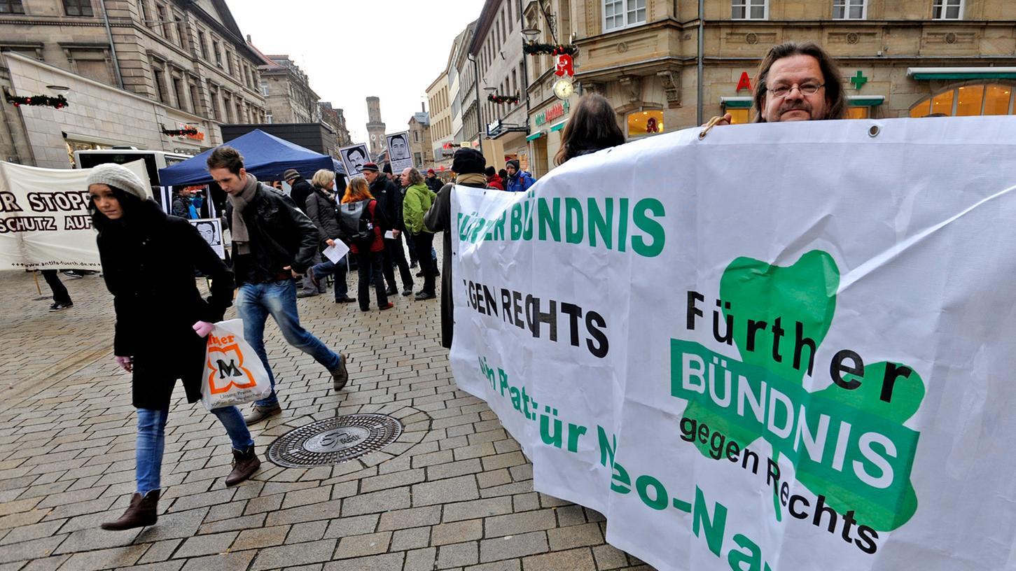 Im Dezember hat das Bündnis gegen Rechstextremismus und Rassismus in der Fußgängerzone an einer Kundgebung gegen Neonazis teilgenommen.