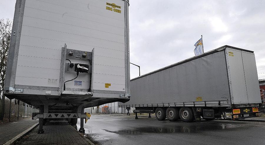 Fahrzeuge - wie etwa Anhänger -dürfen zwei Wochen im öffentlichen Raum abgestellt werden - die Stadt Nürnberg hat ein Auge darauf, dass dies auch eingehalten wird.