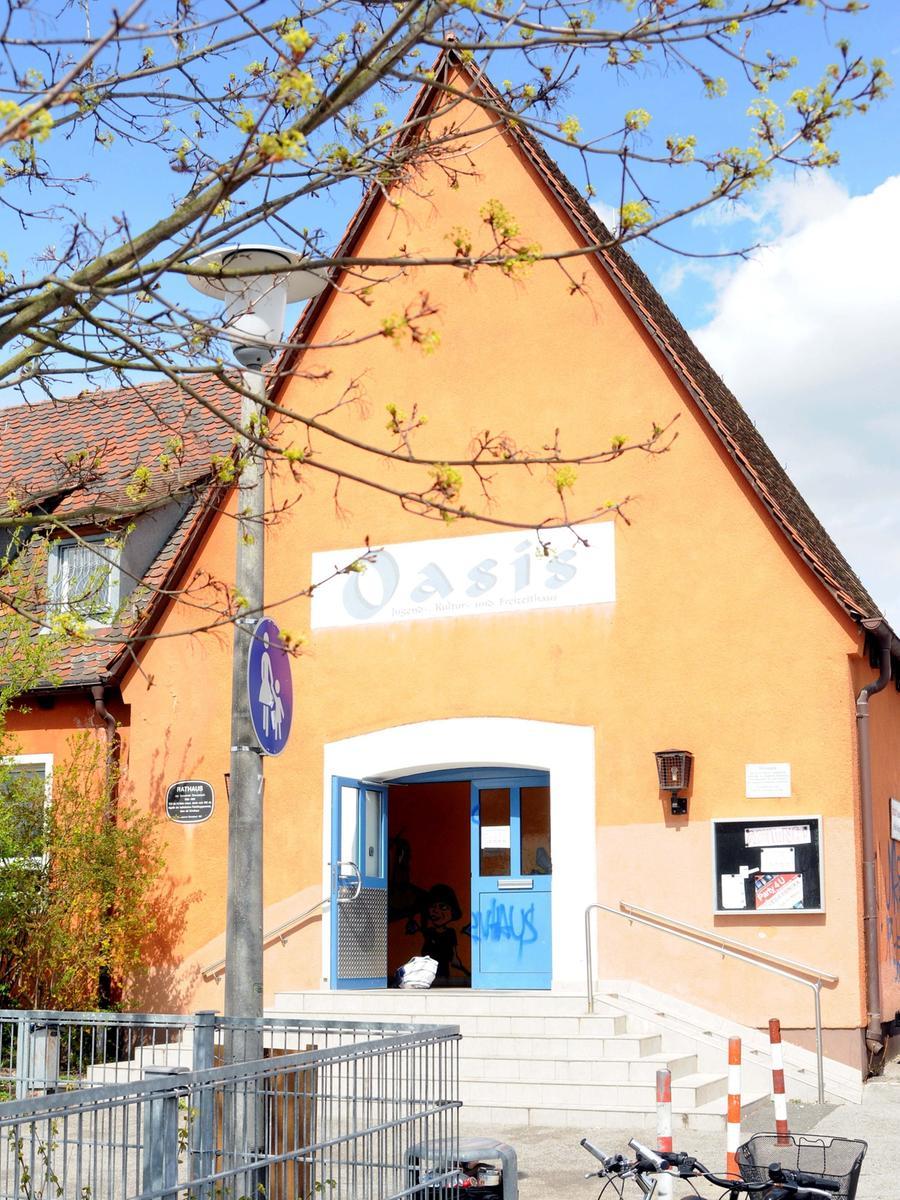 Und hier ist Oberasbach übermütig, laut, kreativ: Das Jugendhaus Oasis ist eine Institution. Zum Angebot gehört auch ein Probenraum, den junge Musiker günstig mieten können.