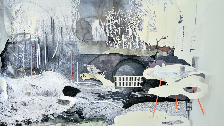 Den Nürnberger Künstlerinnen Daniela Huber und Yvonne Jakob gelingt in ihrer großen Wandcollage durch gefächerte Montage verschiedener Bilder und Materialien der Sprung in die Mehrdimensionalität.