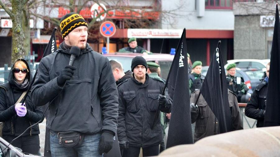Neonazis veranstalteten überraschend eine Demonstration in Fürth.