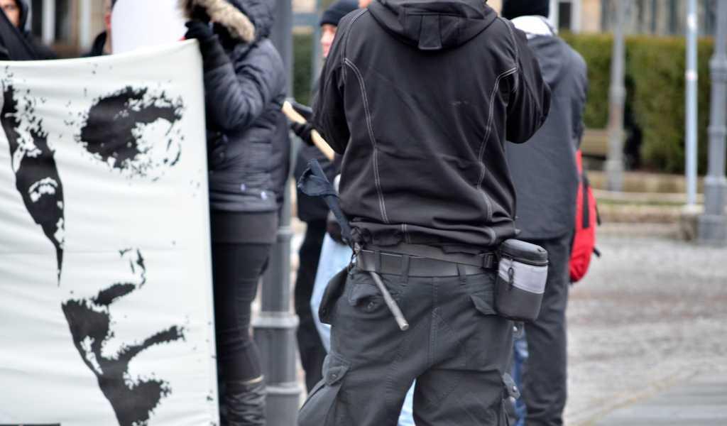 Nach einer überraschenden Anmeldung ihrer Demonstration zogen am Samstag vor einer Woche Neonazis durch Fürth.