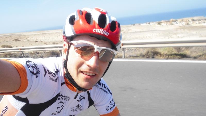 Auf Fuerteventura bereitet sich Michi Hofmann gerade auf die Triathlon-Saison vor.