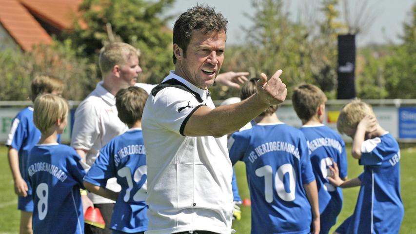 Auf breite Ablehnung der Nürnberger Fans dürfte Lothar Matthäus stoßen. Ganz Fußball-Deutschland wartet jedoch gespannt auf seinen erstes Engagement hierzulande. Es gibt sicherliche leichtere Startrampen als Nürnberg. Unsere User geben Lothars Trainer-Qualitäten die Note 3,8.