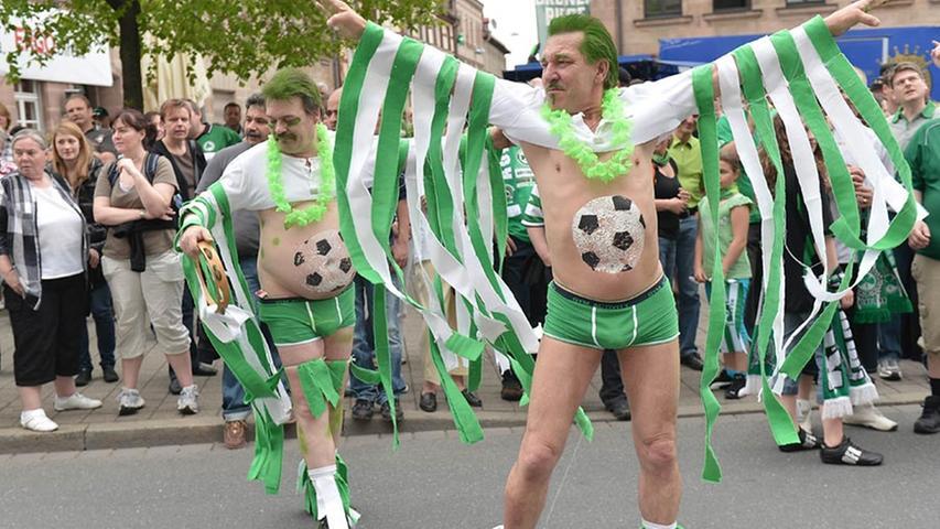 Nicht sexy aber mutig: Fürther Feierbiester zeigen ganz viel nackte Haut.