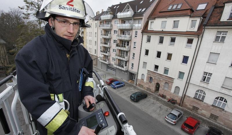 Feuerwehrmann und Triathlet Michael Hofmann: Auch sein Job nimmt keine Rücksicht auf das Training.