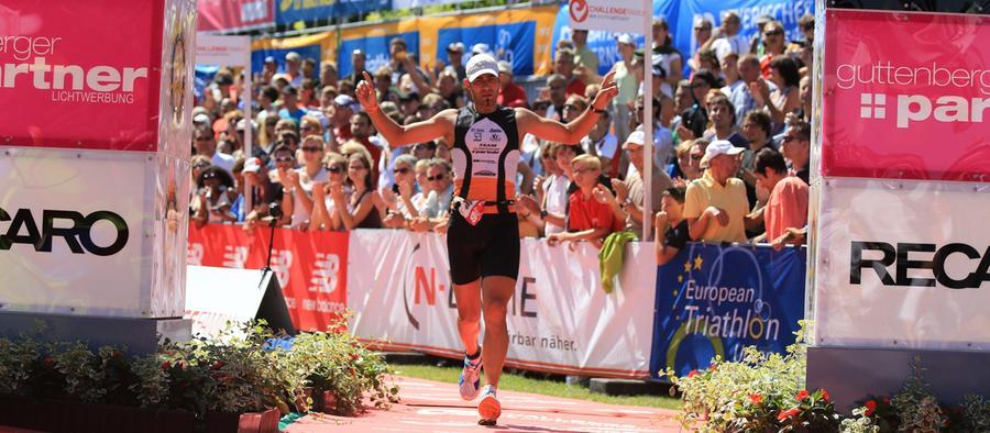 Alexander Schrüfer von den Radfreunden Hilpoltstein wirkt bei seiner Zielankunft nach 8:56:27 Stunden ziemlich entspannt.