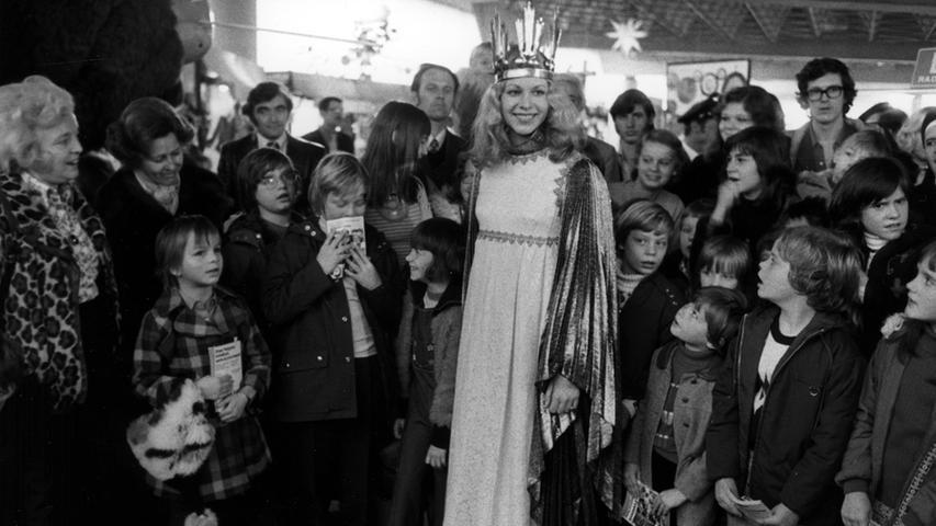 Inge Eichenseer (verheiratete Götz) war das drittegewählte Christkind in den Jahren 1973 und 1974.