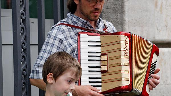 Vor allem junge Musiker haben beim Bardentreffen die erstmalige Chance, sich der Öffentlichkeit zu präsentieren.