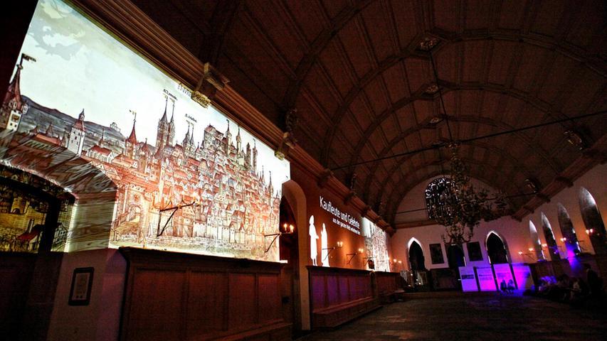 ...kamen 17.000 Neugierige zu einer multimedialen Präsentation in den Rathaussaal und ließen sich die Geschichte der Wandmalerei erzählen. Seitdem ist der