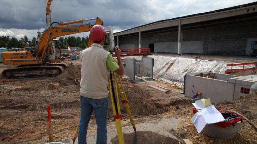 Direkt nach dem Spatenstich begannen die Bauarbeiten.