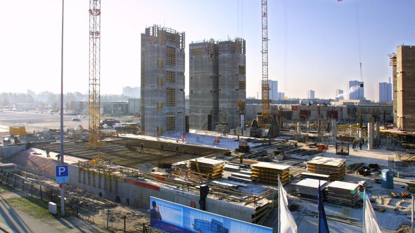 Ein anderer Blickwinkel auf das Baugelände des Congress Center CCN Ost.