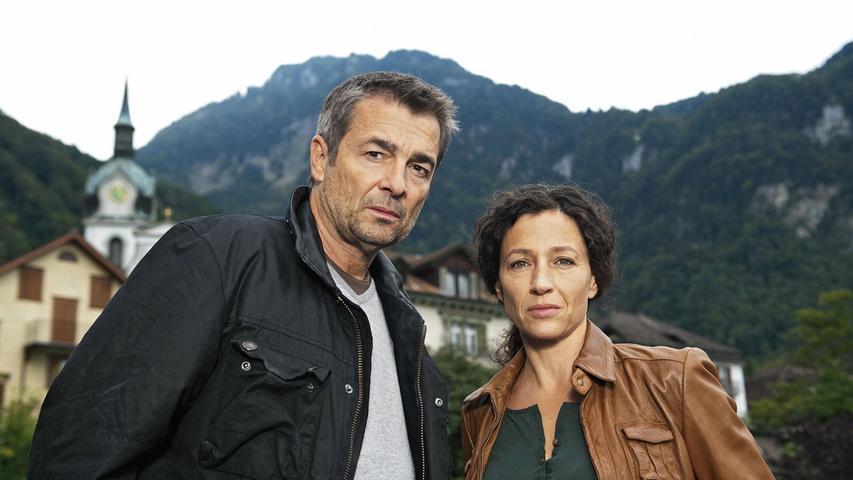Sie sind die Schweizer - und erst seit kurzem ein Duo: Die Kommissare Reto Flückiger (Stefan Gubser) und Liz Ritschard (Delia Mayer). Ihr Ergebnis: 5