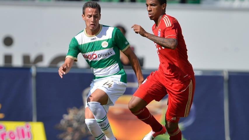 Edgar Prib wich keinen Zentimeter von der Seite seines Gegenspielers Luiz Gustavo.
