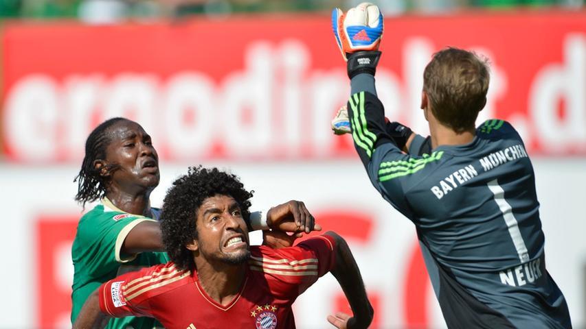 Neuzugang Dijby Fall zeigte, wie auch die gesamte Mannschaft, eine engagierte Leistung. Gegen Manuel Neuer und Dante war der Stürmer aber chancenlos.