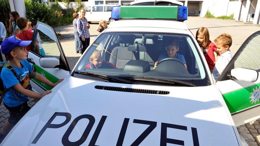 Die Sicherheitslage in Franken war 2012 im Vergleich mit dem Bundesgebiet exzellent. Das zeigt nach wie vor und Jahr für Jahr die Kriminalitätsstatistik - und auch das macht die Region in den Augen der Bürger so lebenswert. Übrigens: Als sicherste Großstadt in Deutschlands gilt Fürth.