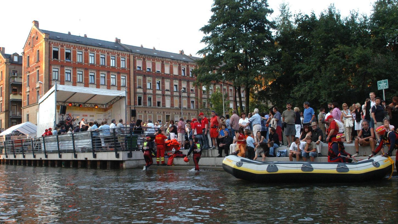 So beengt wie bei der Eröffnung 2007 geht es auf der Uferpromenade selten zu. Trotzdem nehmen die Fürther sie bestens an.