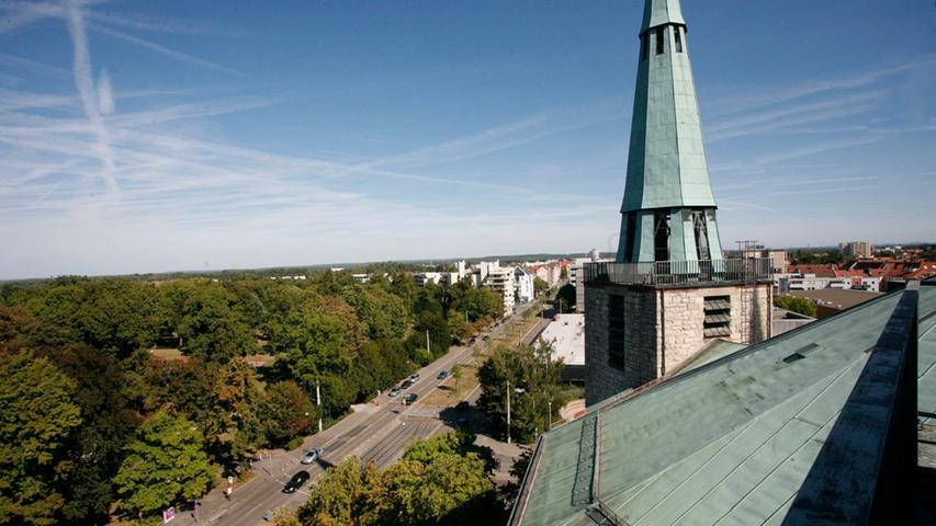 ... Auch der Ausblick vom Dach der Kirche war durchaus sehenswert.