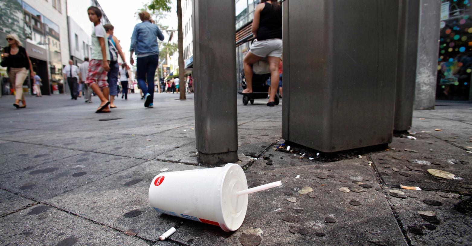 Die Sauberkeit in Nürnbergs Innenstadt lässt zu Wünschen übrig. Kann ein kommunaler Ordnungsdienst helfen?