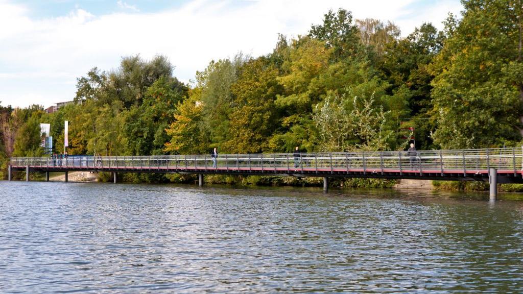 Erst im dritten Quartal 2019 soll die Umweltstation am Wöhrder See stehen.