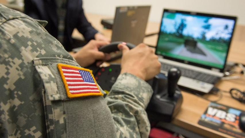 Ein Kampfeinsatz lässt sich auch am Computer üben.