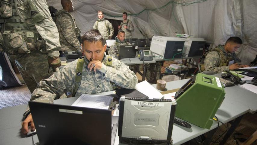 Das größte Manöver der US-Streitkräfte in Europa seit dem Mauerfall 1989 findet zurzeit auf den Truppenübungsplätzen Grafenwöhr und Hohenfels statt.
