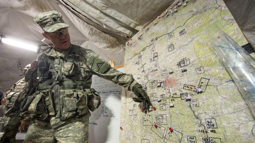 Eine Landkarte bietet eine Übersicht über das Gelände.