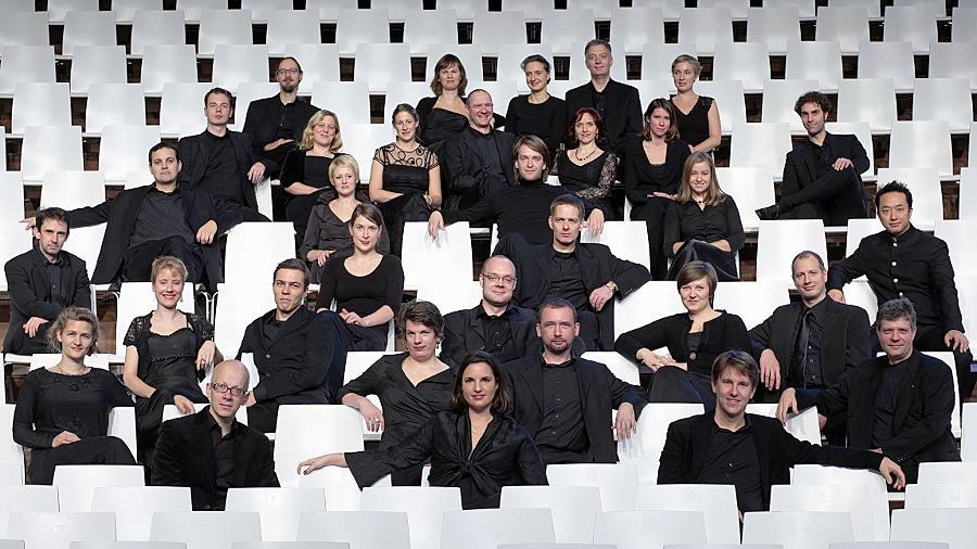 Auf den Spuren alter und neuer Klang-Esoteriker: Das Vokalconsort Berlin kombinierte im Kulturforum Gesualdos Musik mit den Tonexperimenten Giacinto Scelsis.