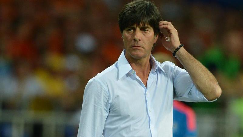 In der Schweiz trieb Joachim Löw seine Fußballtrainer-Ausbildung voran und übernahm 1994 das Traineramt beim FC Frauenfeld.