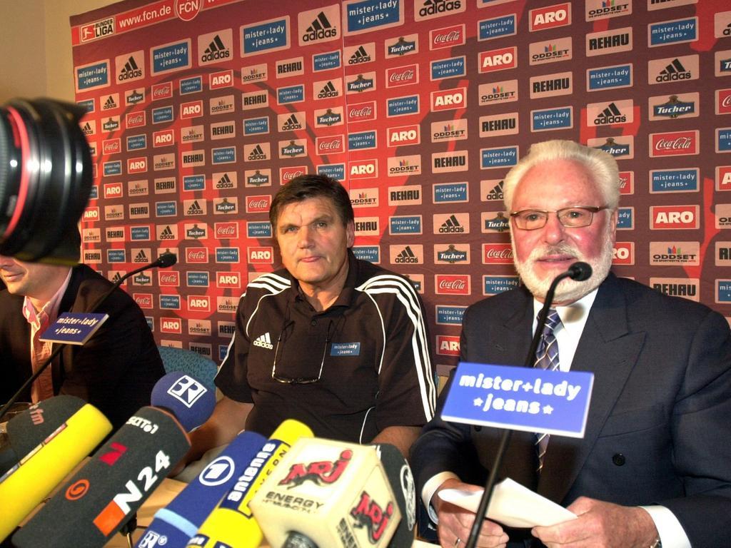 RESSORT: Sport 9.11.05 FOTOGRAF: Karlheinz Daut MOTIV: FCN Fußball, neuer Trainer Hans Meyer, Präsident Michael A. Roth