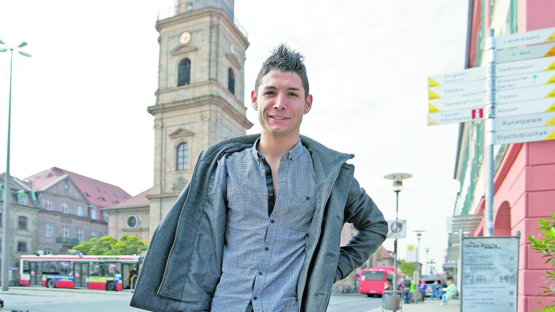 Er hofft auf eine große Karriere: Der neue Erlanger Athanassios Kotsabassidis möchte sicht über die Bayernliga im großen Fußball etablieren.