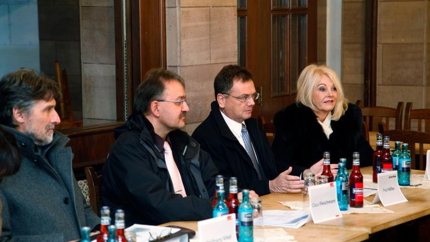 Bei einer Pressekonferenz informierten die Stadt Nürnberg, als Eigentümerin des Gebäudes, und die Tucher-Bräu, als Pächterin der Gaststätte, über den aktuellen Stand der Dinge in Sachen