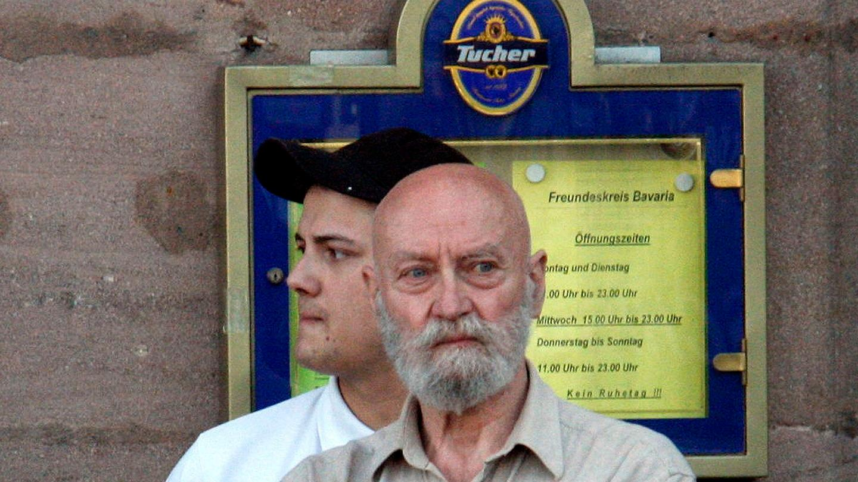 Karl-Heinz Hoffmann ist Gründer der mittlerweile verbotenen Wehrsportgruppe.