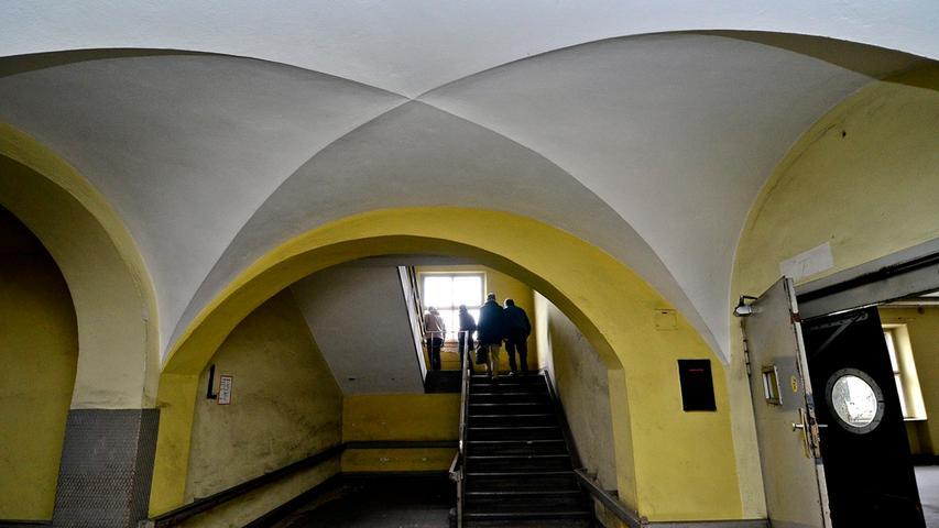 Seit nunmehr 19 Jahren ist der alte Postbau aus den 1920ern am Bahnhofsplatz verlassen. Die...