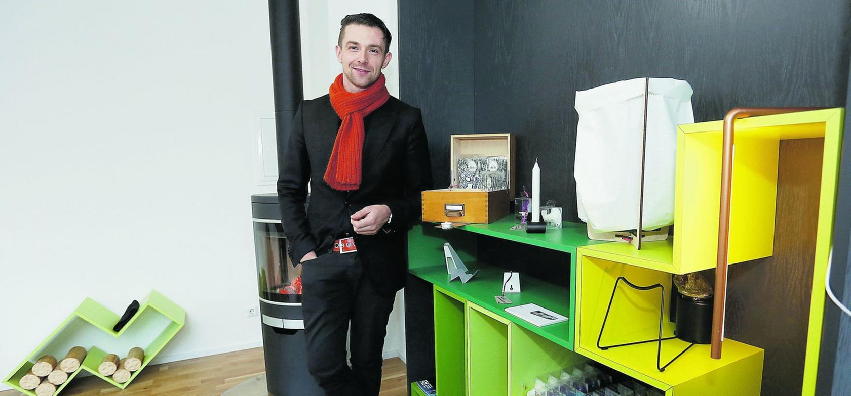 Entwirft und baut Möbel mit dem Herzen eines Handwerkers: Markus Bischof.