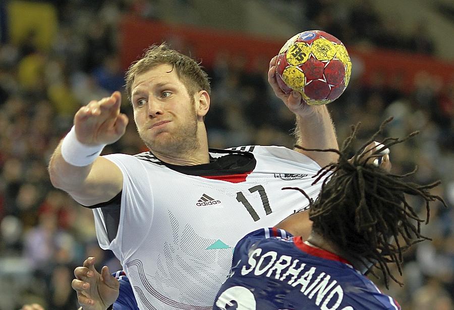 Flink, klug, dynamisch: Steffen Weinhold (hier im Spiel gegen Frankreich) überrascht bei seiner ersten WM-Teilnahme.