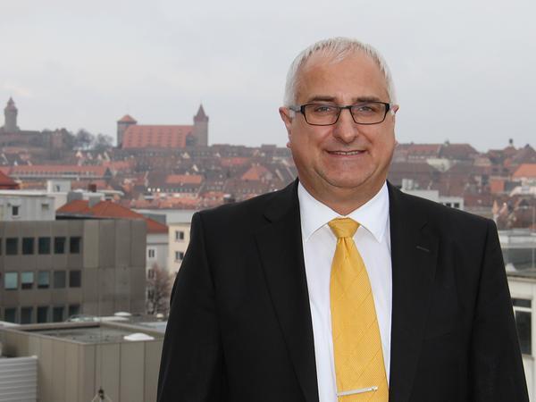 Der Informatiker Jörg Rohde ist Vizepräsident des Bayerischen Landtags und Bezirksvorsitzender der FDP Mittelfranken.