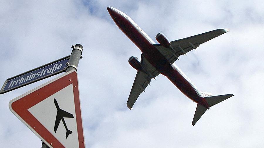 Die Straßenanbindung zum Flughafen bleibt ein kommunalpolitischer Zankapfel.