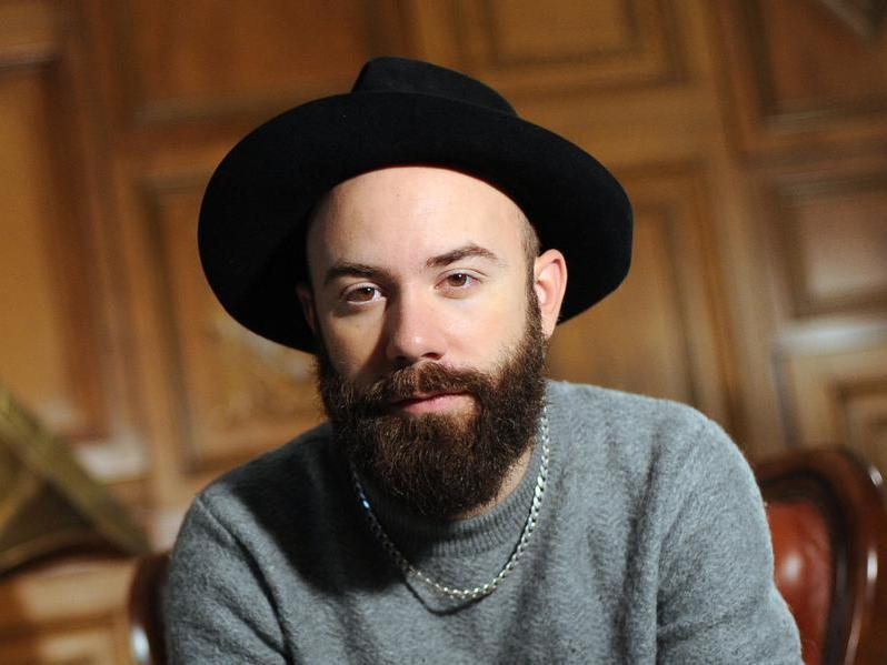 Der französische Musiker und Regisseur Yoann Lemoine alias Woodkid stellt sein Album «The Golden Age» vor.