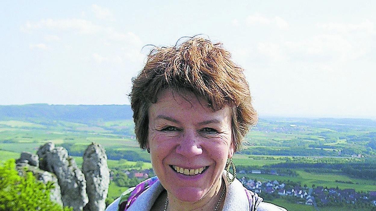 Friederike Pöhlmann-Grießinger liebt das Tanztheater — in der Freizeit pilgert sie gerne aufs Walberla (Bild).